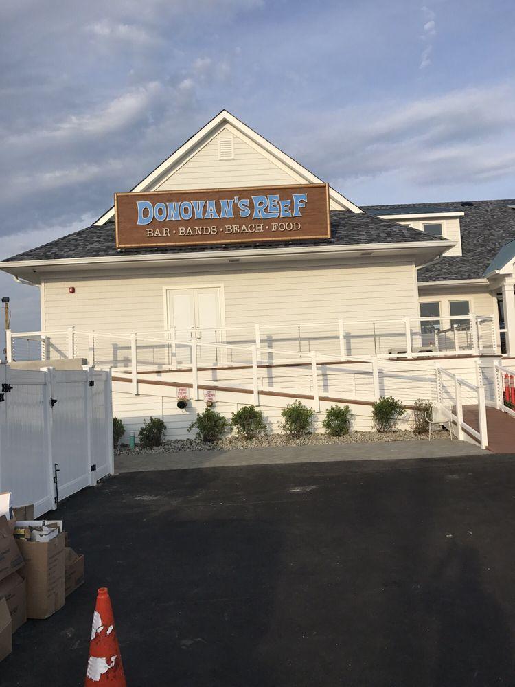 Donovan's Reef: 1171 Ocean Ave, Sea Bright, NJ