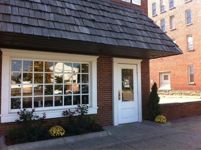 Marietta Wine Cellars: 211 2nd St, Marietta, OH