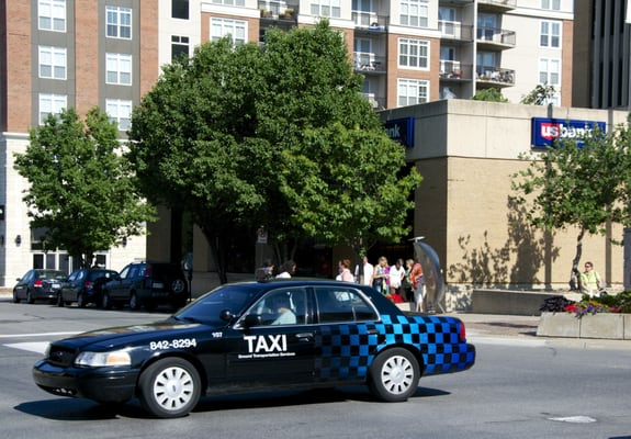 Ground Transportation Services 1207 E 25th St Lawrence Ks Taxis