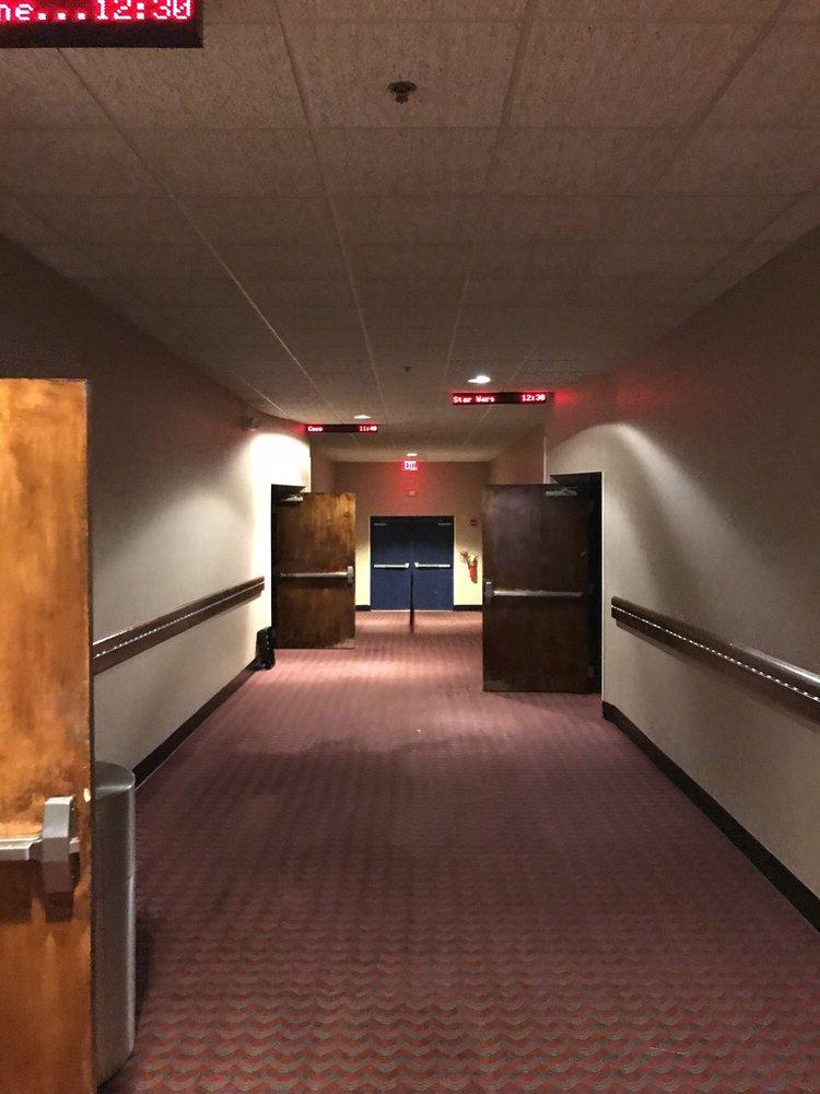 GTC Galleria Mall Cinemas: 2980 Watson Blvd, Centerville, GA