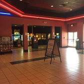 regal cinemas kiln creek 20 22 reviews cinemas 100