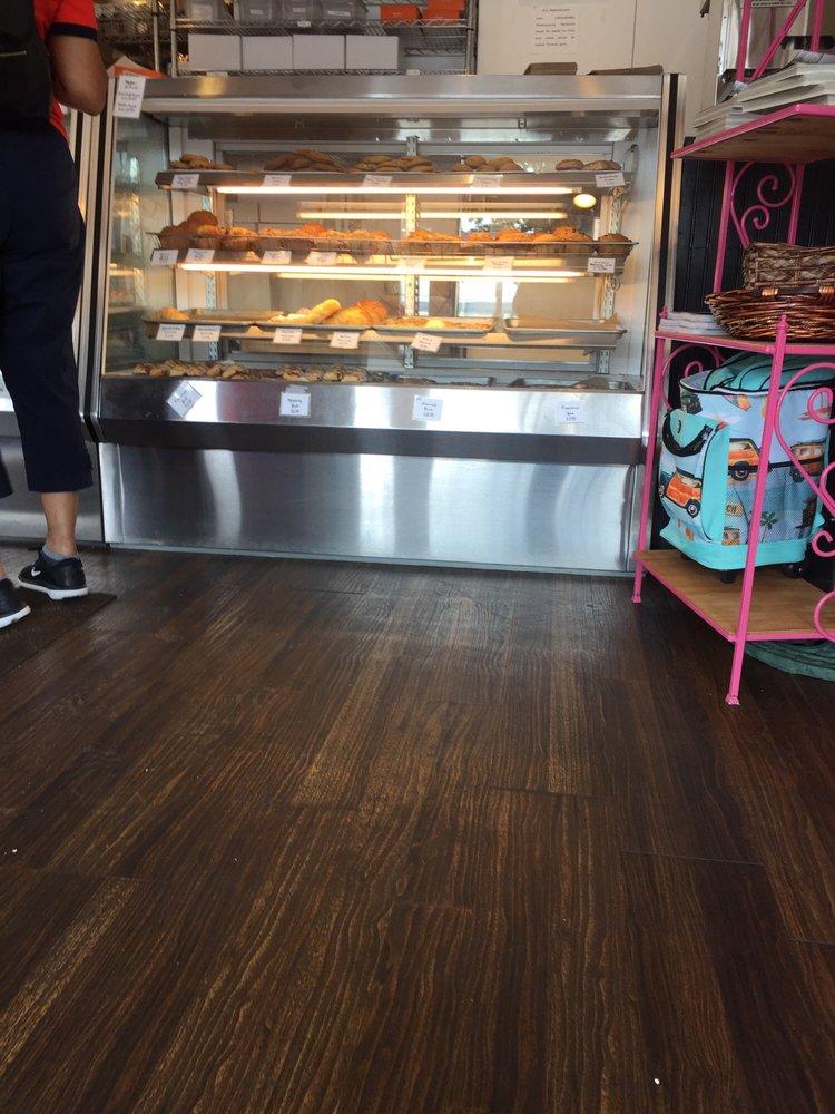 Becky's Bakery: 441 Shore Rd, Pocasset, MA