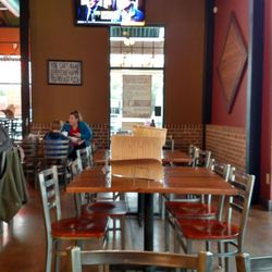 Photo Of Borgata Pizza Cafe Worthington Oh United States Inside Dinning Area