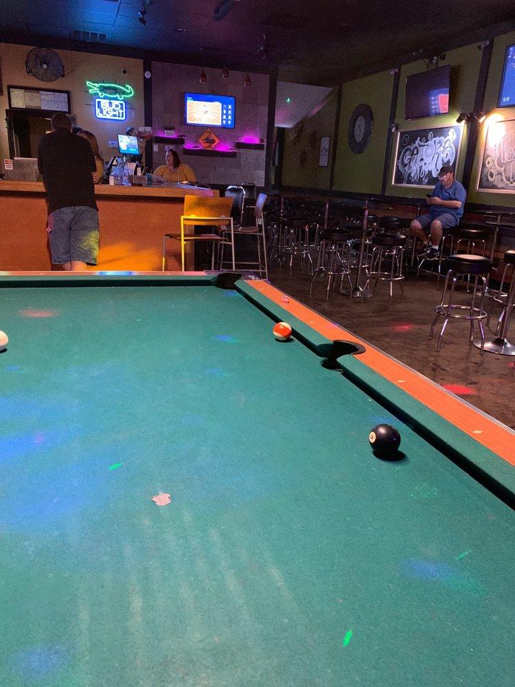 Gator's Sports Pub: 1171 Jeffreys Rd, Rocky Mount, NC