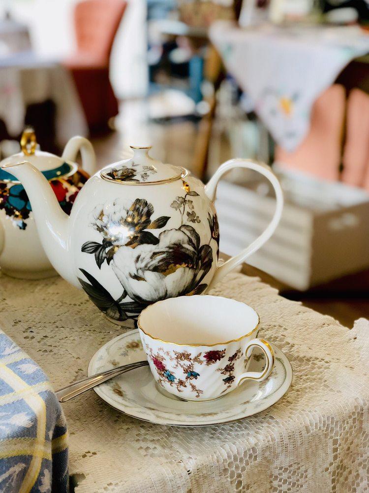 Lovejoy's Tea Room: 3286 NE Killingsworth St, Portland, OR