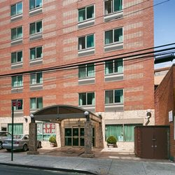 Photo Of Best Western Queens Court Hotel Flushing Ny United States