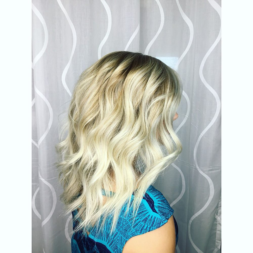 Vogue Artistry - Hair by Athena Marie: 909 112th Ave NE, Bellevue, WA