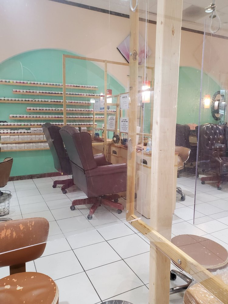 French Connection Nail Salon: 237 Main St, Cairo, NY