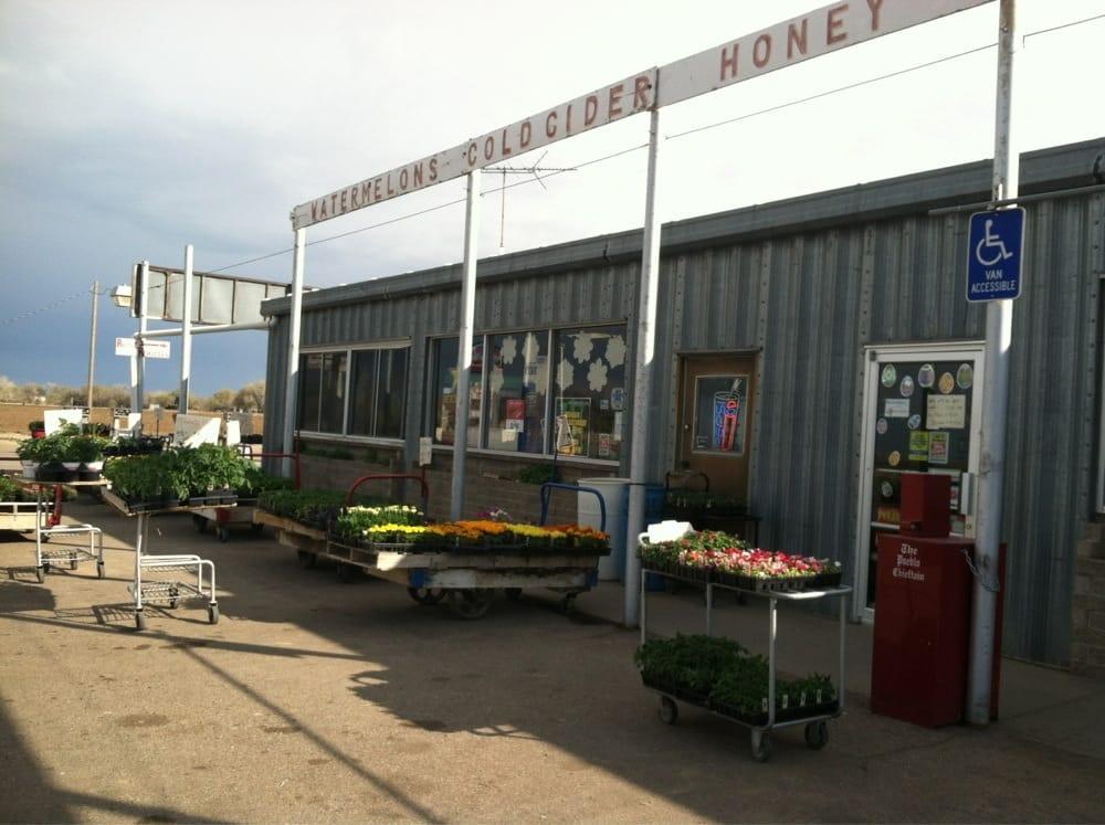 Bauserman Fruit & Vegetable Market: 11786 US Hwy 50, Manzanola, CO
