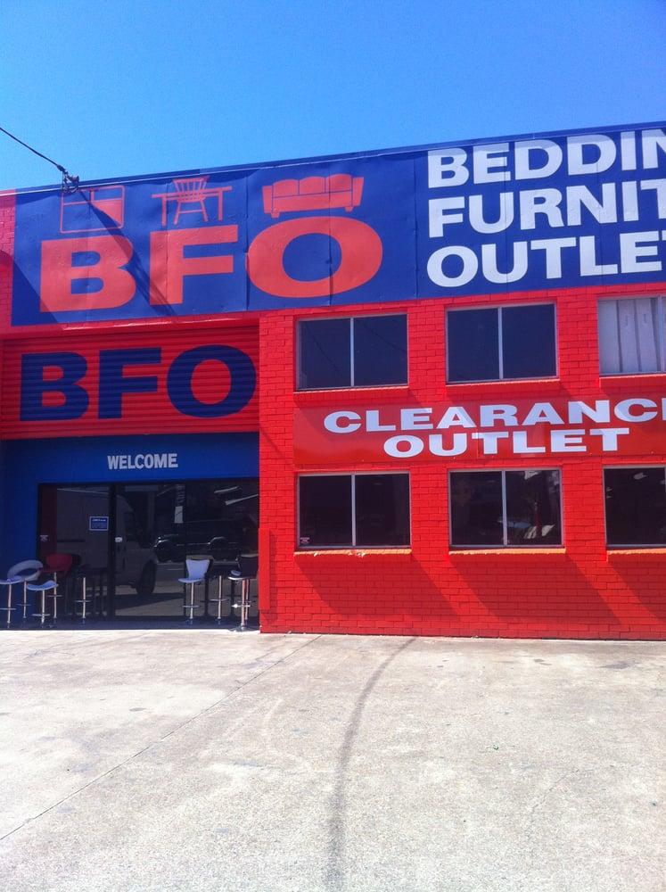 Bedding furniture outlet decoraci n del hogar 40 for Decoracion hogar outlet