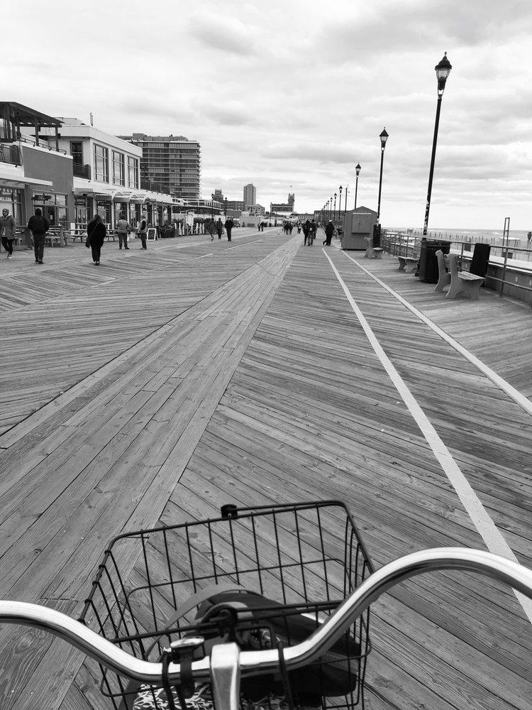 Shore Riders Bike Rentals: 405 Arnold Ave, Point Pleasant Beach, NJ