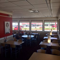 Photo Of Fazoli S Quincy Il United States Updated Dinning Room