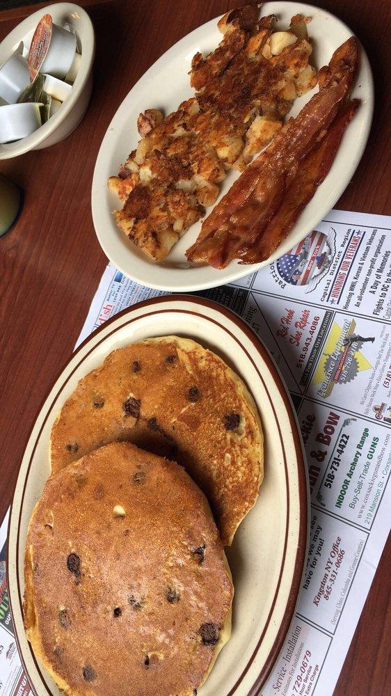 Chrissy & Tim's Diner: 11830 Rte 9 W, West Coxsackie, NY
