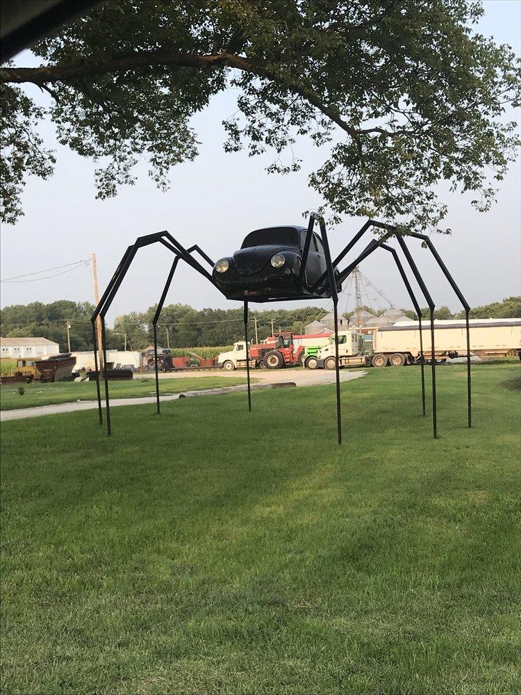 VW Spider: 649 S Chestnut St, Avoca, IA