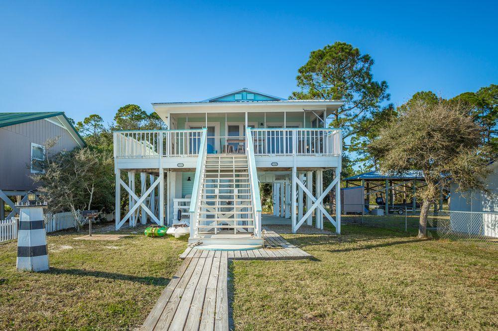 Sandy Beach Properties: 314 St James Ave, Carrabelle, FL