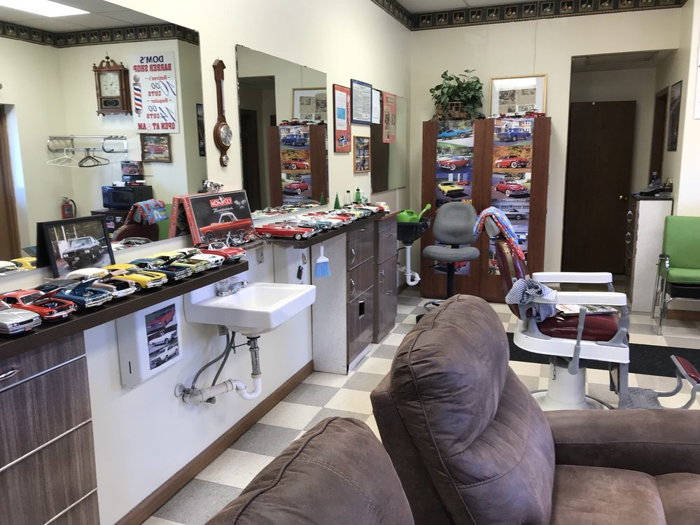 Dom's Barber Shop: 6205 Market St, Youngstown, OH