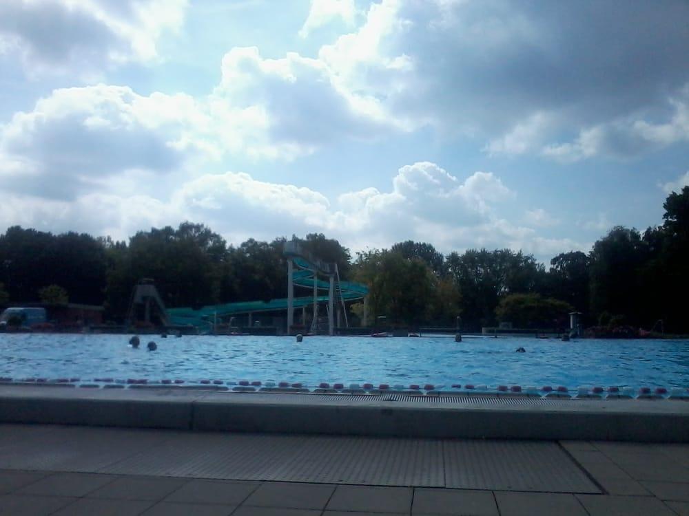 Paffrath Schwimmbad kombibad paffrath swimming pools borngasse 2 bergisch gladbach