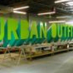 Urban Outfitters - 17 Avis - Vêtements pour hommes - 5-7 Corporation ... d1de442fb0ba