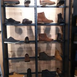 Timberland 19 foto Negozi di scarpe 20 City Blvd W