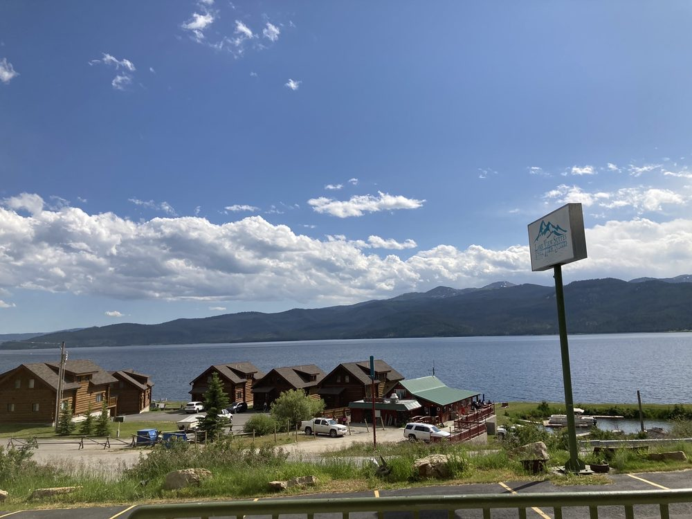 Lakeview Suites: 15475 Hebgen Lake Rd, West Yellowstone, MT