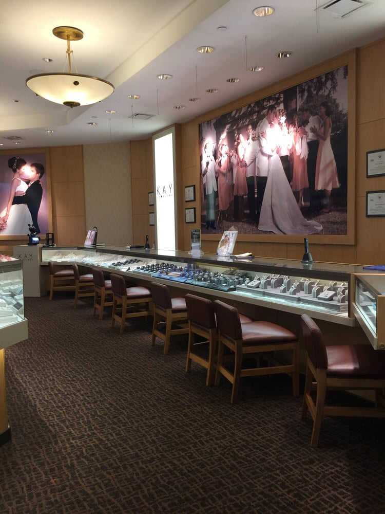 Kay Jewelers: 7700 E Kellogg Dr, Wichita, KS