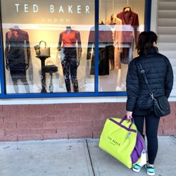 96fcfdf468eb5a Ted Baker London - Women s Clothing - 1 Premium Outlet Blvd ...