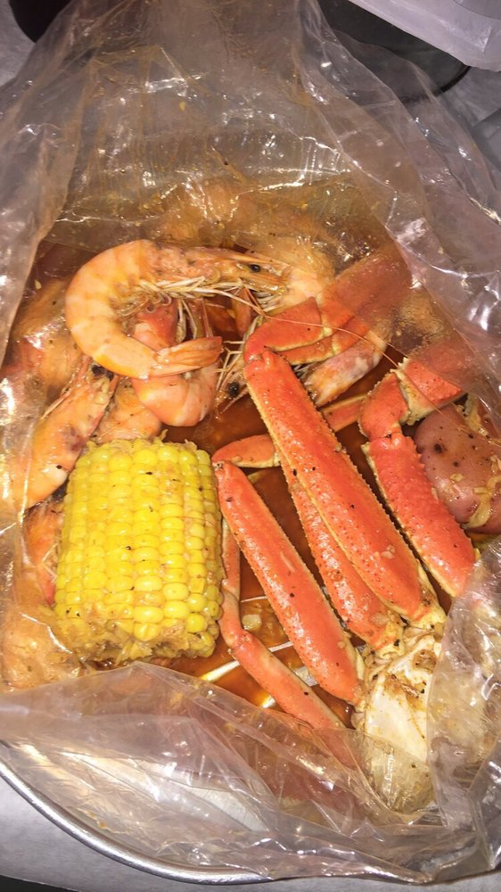 1/2 pound of shrimp and snow crab legs - Yelp