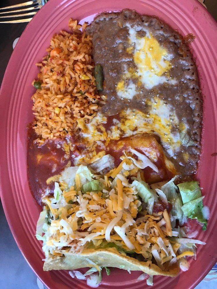 La Cabana Restaurant: 2370 Soledad Canyon Rd, Acton, CA