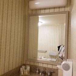 photo of hilton garden inn bridgewater bridgewater nj united states the bathroom - Hilton Garden Inn Bridgewater
