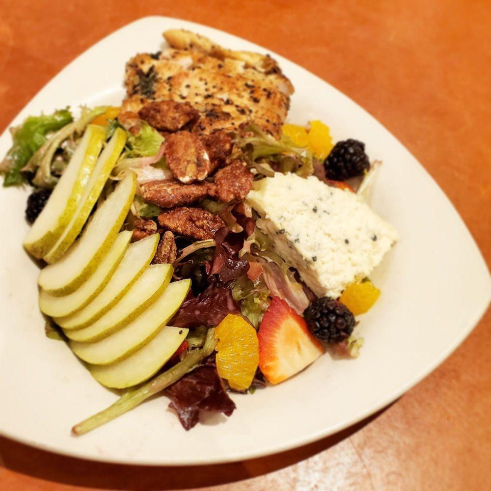 Good Day Café: 5410 Wayzata Blvd, Golden Valley, MN