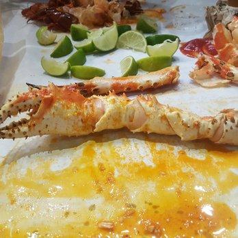 stinkin crawfish restaurant