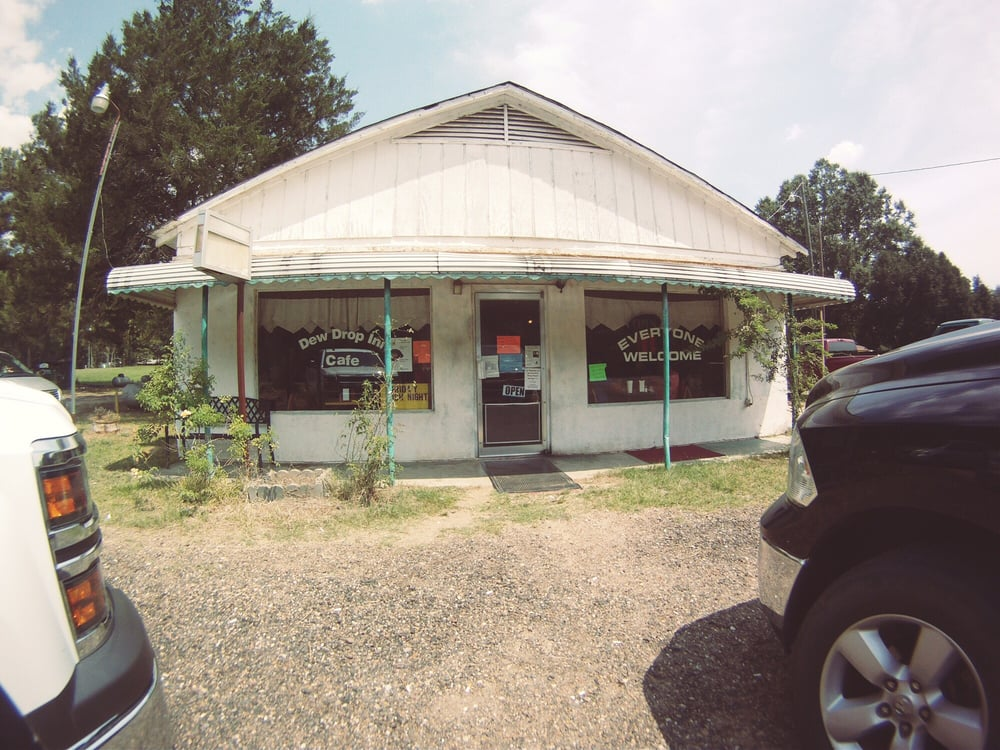 Dew Drop In Cafe: 161 Highway 71 84, Coushatta, LA