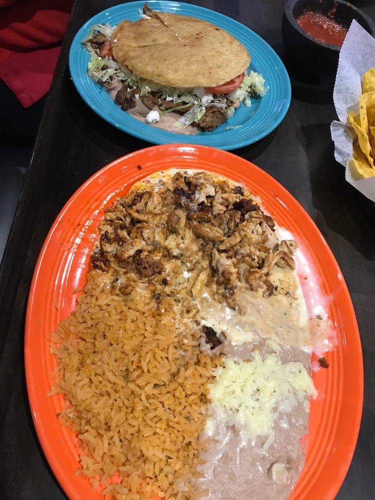 Garcia's Taqueria Sports Grill: 971 Memory Ln, Gallatin, TN