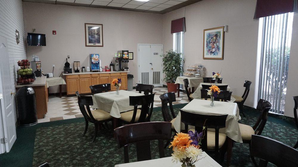 Vista Inn & Suites Murfreesboro: 118 Westgate Boulevard, Murfreesboro, TN