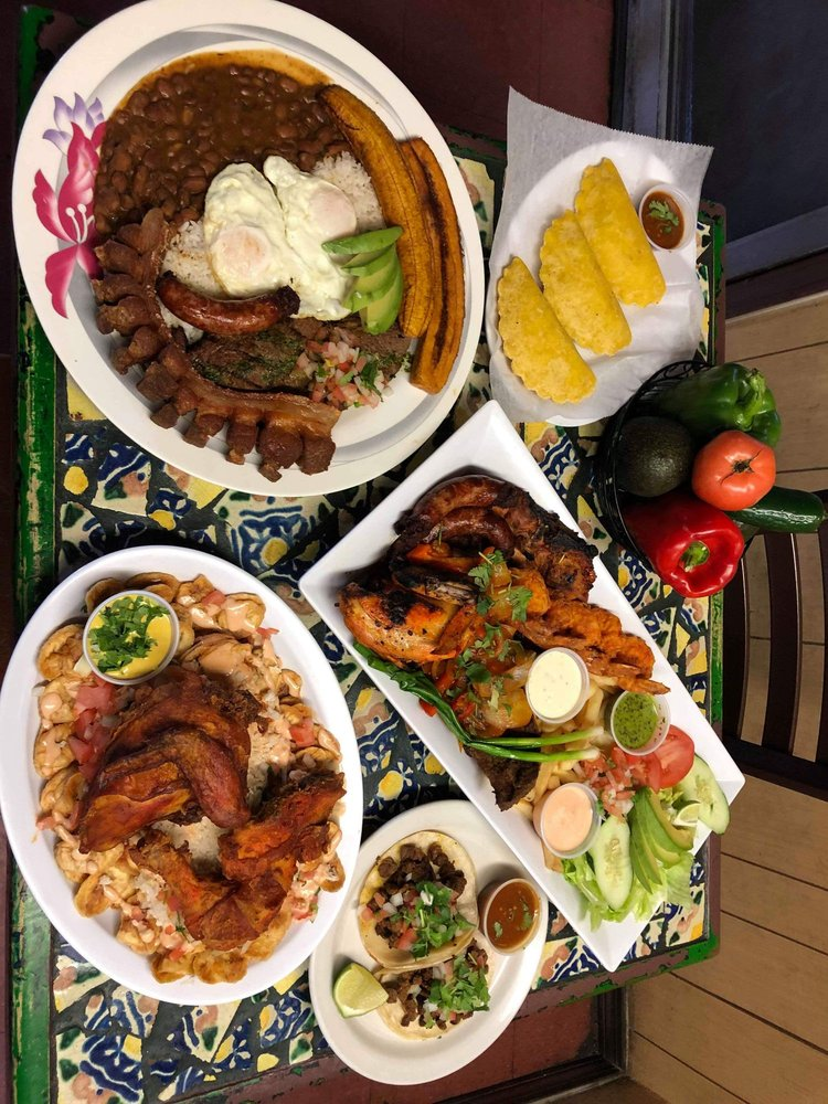 Food from La Casita Del Sabor