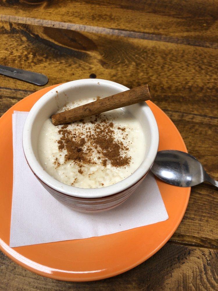 Cuban Cafe La Tinaja: 3815 N Hwy 1, Cocoa, FL