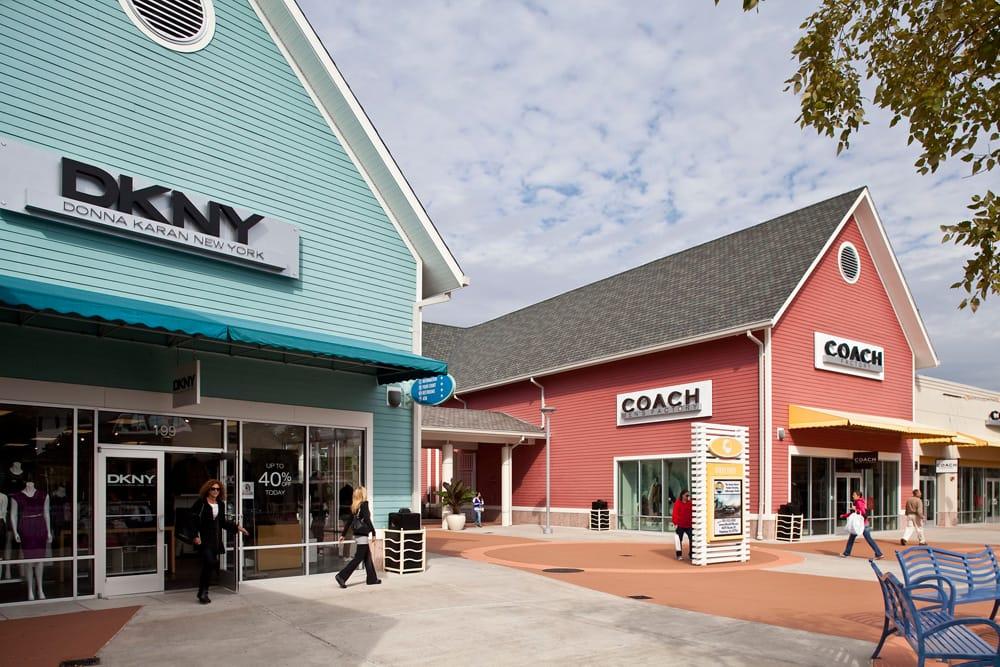 Restaurants Near Premium Outlets Tinton Falls Nj