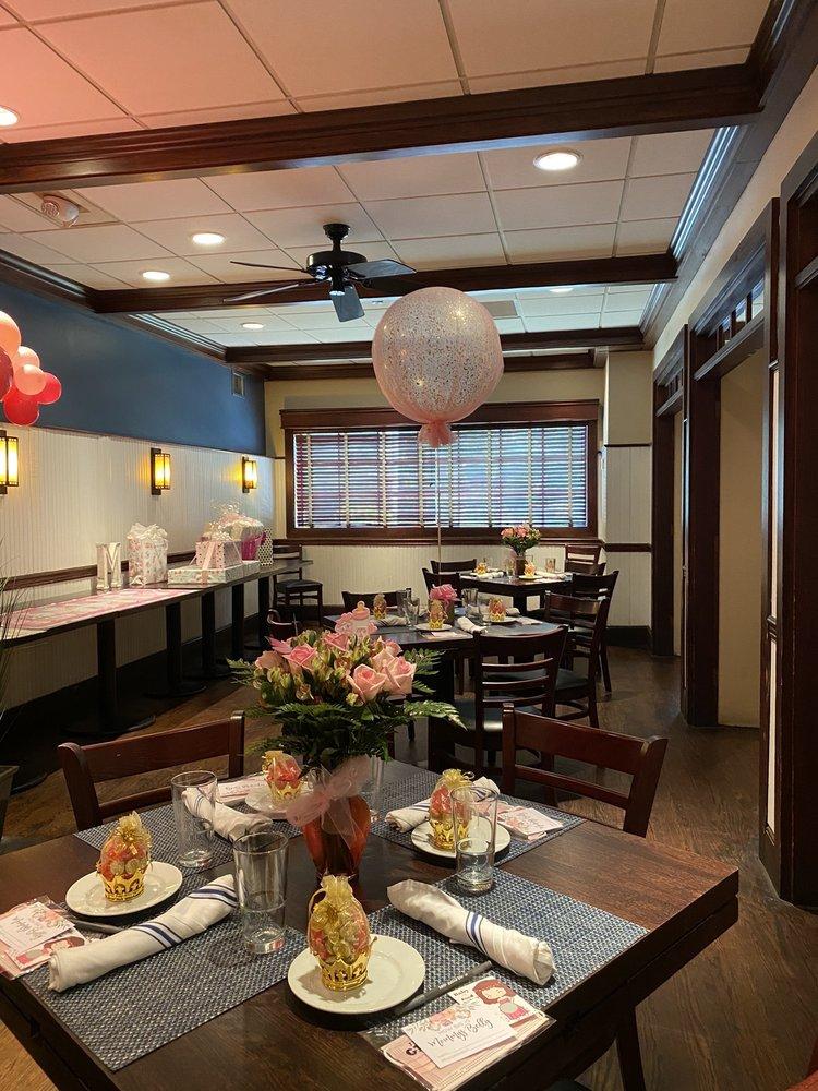 Bloomin' Balloons: Glen Head, NY