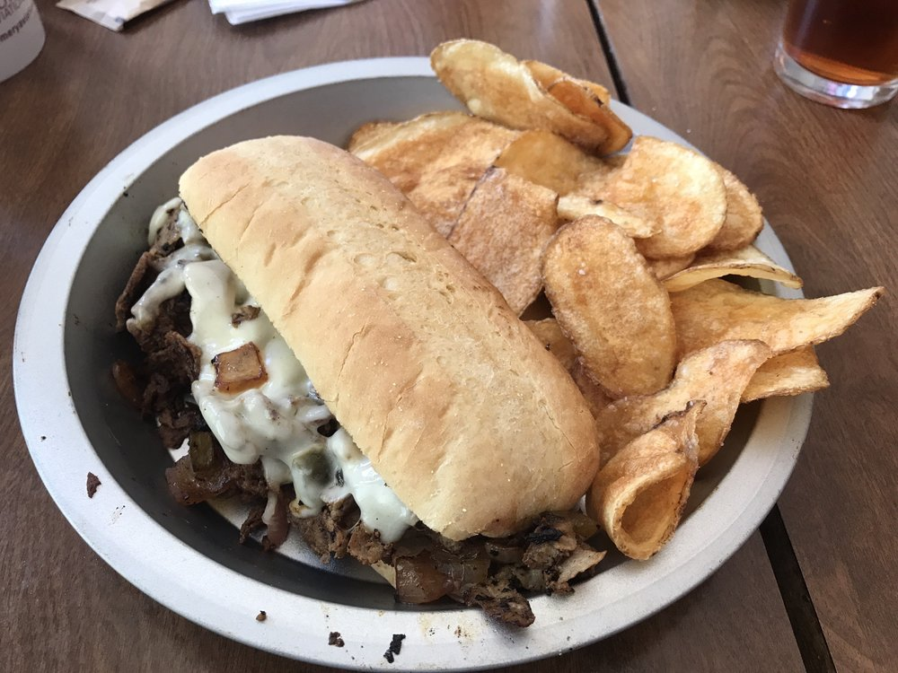O&W Cafe: 125 West 3rd Ave, Oneida, TN