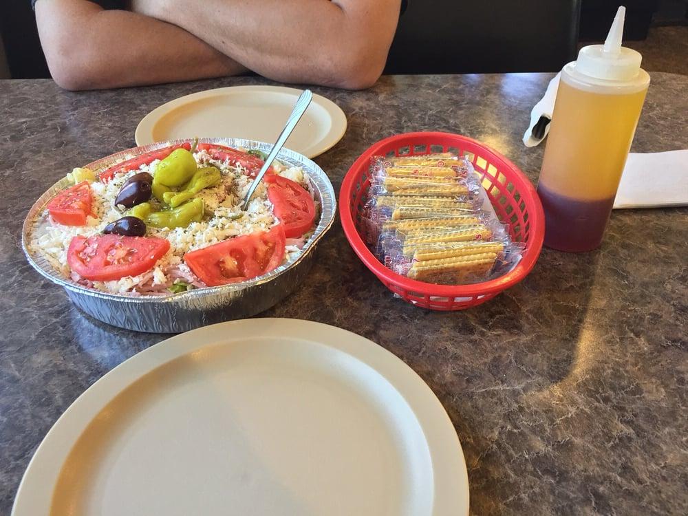 Takis Restaurant Pizza Eustis Fl