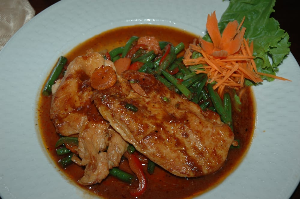 Thai chili closed 22 reviews thai 210 summerhill for 22 thai cuisine yelp