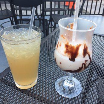 Friends Don T Let Friends Drink Long Island Ice Tea