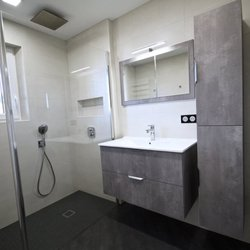 RG Intérieur - Kitchen & Bath - Hameau de Urcourt, Bruville, Meurthe ...