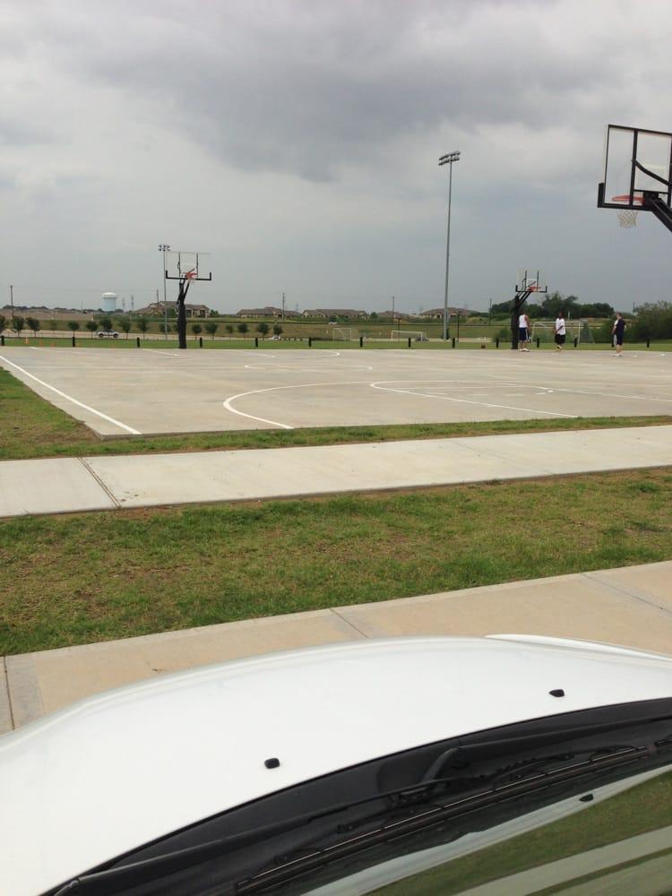 The Fields At Carrollton Parkway: 1401 Carrollton Pkwy, Carrollton, TX