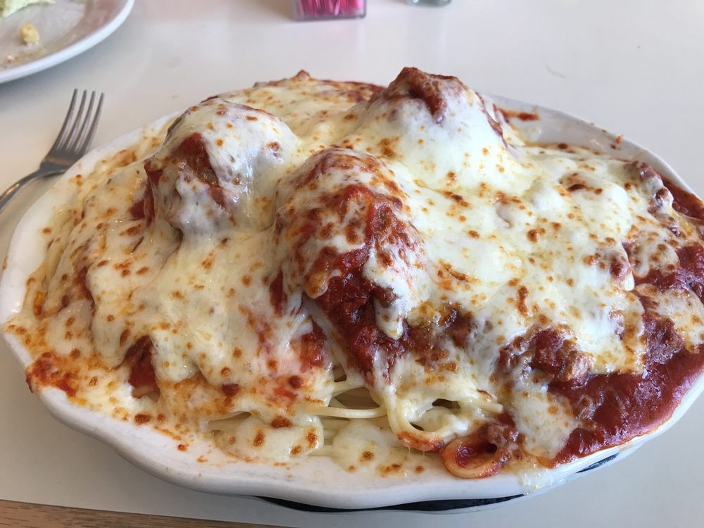 Dennis Spaghetti & Steak House: 3356 Western Branch Blvd, Chesapeake, VA