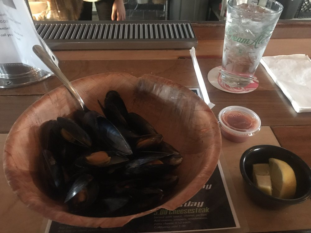 Beer Mussels Bar & Grille: 1214 Main St, Hellertown, PA