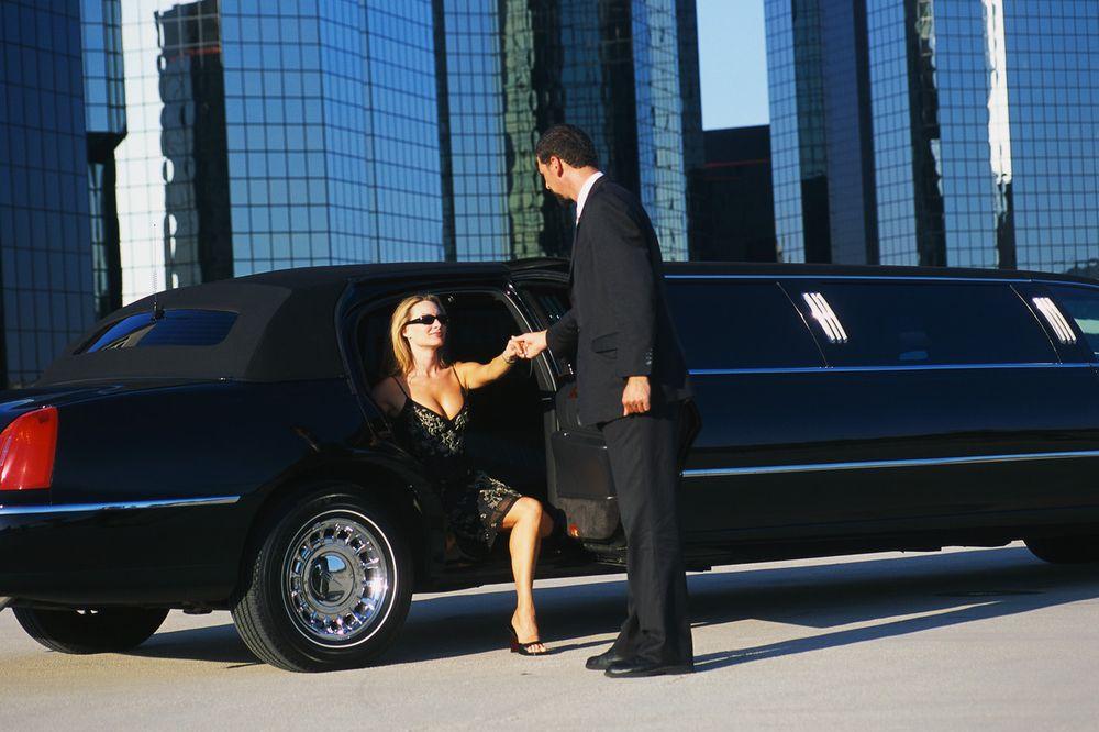 GoldStar Towncar & Limousine Service
