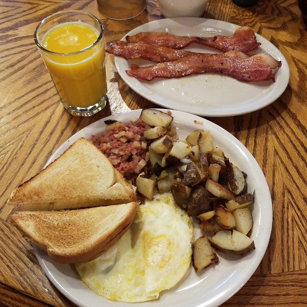 Prospector Restaurant: 210 Main St E, Cooke City, MT