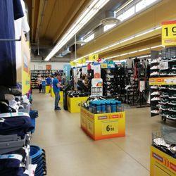 Decathlon - Abbigliamento sportivo - Via Strada Provinciale per ... b7281a69402b