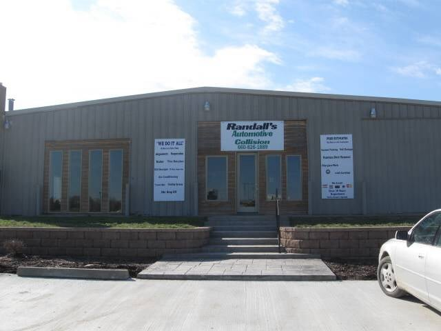 Randall's Auto Collision and Service Center: 900 Market St, Sedalia, MO